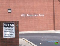 Sign at entrance to the Ohio Democratic Party in downtown Columbus, Ohio. The sign reads: Only vehicles assembled by union members in North America are welcome in this parking lot.